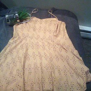 Old Navy sleeveless lace sundress